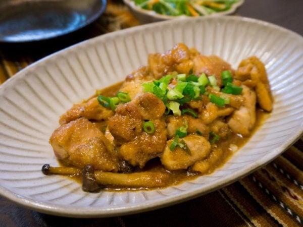 Poulet, sauce teriyaki au sésame