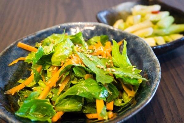 Salade de céleri et carottes au sésame
