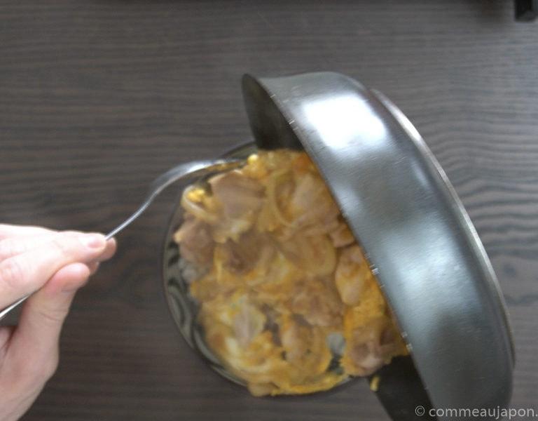 Oyakodon recipe step 8 of 13 Oyakodon - Bol de poulet et oeuf - 親子丼
